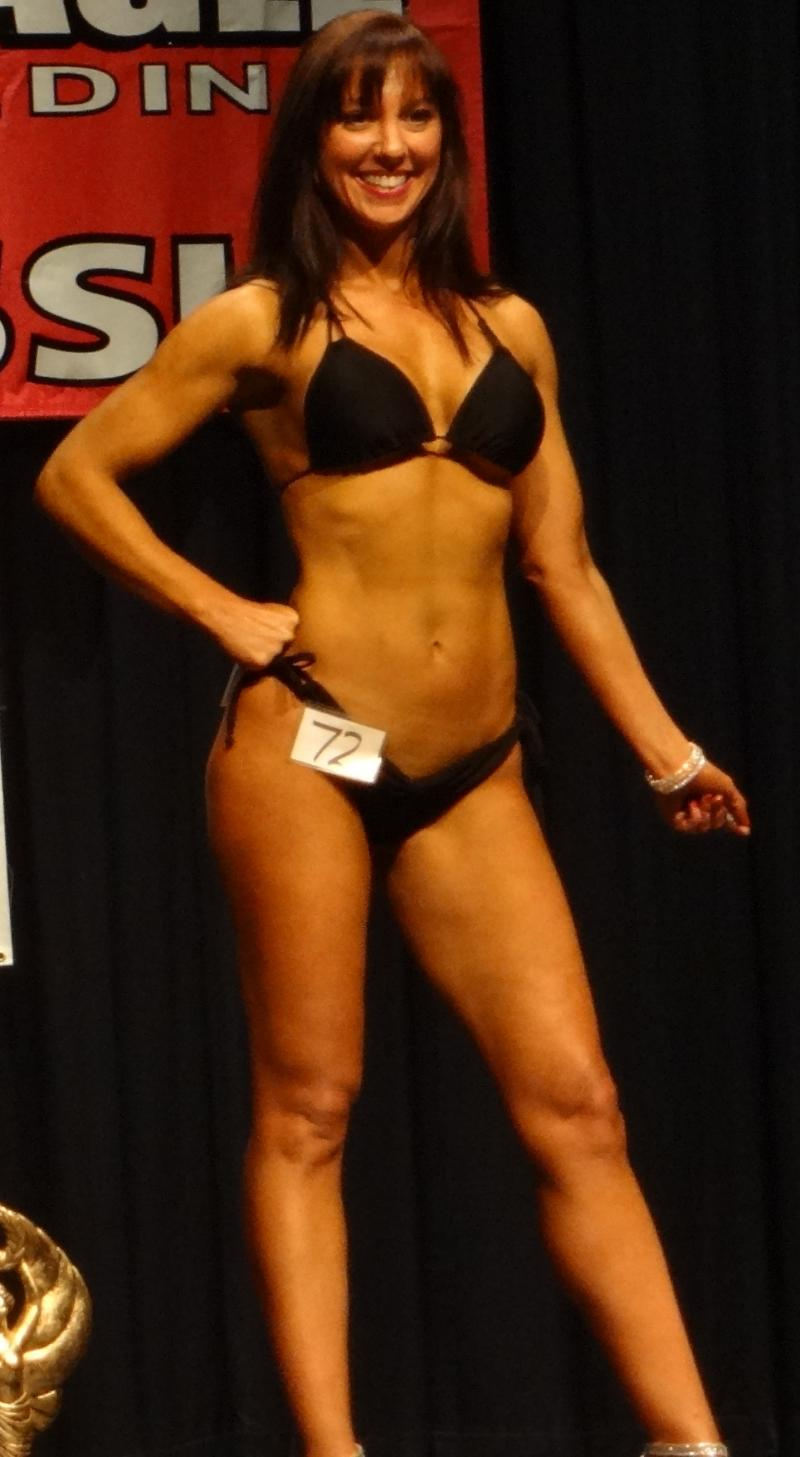 Kelly Curtis 3rd place Best Body Bikini